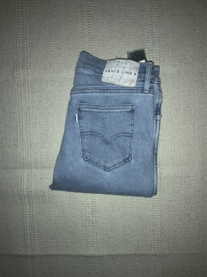 Levi's Jeans in Line 8 26/31