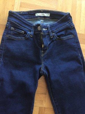 Levi's Jeansy z prostymi nogawkami ciemnoniebieski