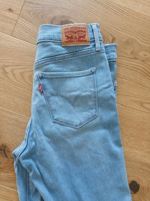 Levi's Shaping Skinny Jeans