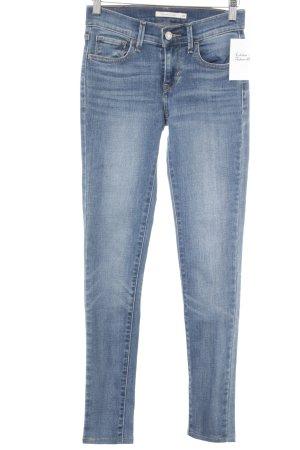 Levi's Skinny Jeans himmelblau Street-Fashion-Look