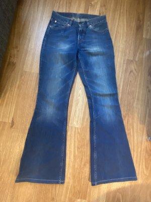 Levis 544 W26 L 34 tolle Blue Jeans mit Schlag wie Neu