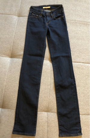 Levis 714 straight Jeans in dunkelblau