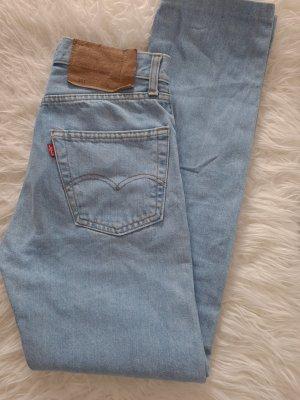 Levis Jeans 26