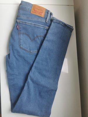 Levis Jeans NEU