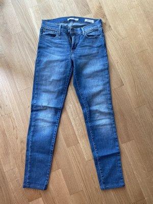 Levis Super Skinny Jeans, Gr. 27 gekürzt