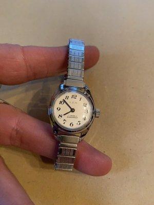 Lex Uhr von Oma