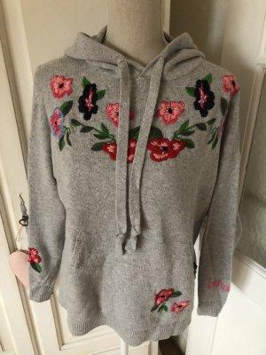 Lieblingsstück Pullover Wolle mit Stickereien sehr edel 199€