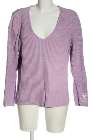 Lieblingsstück V-Ausschnitt-Pullover lila-weiß Schriftzug gestickt Casual-Look