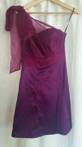 Lila asymmetrisches A-Linien Kleid mit einem Träger (Schleife)