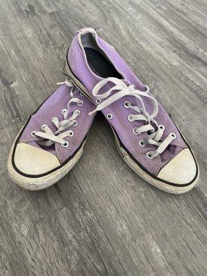Lila Chucks Converse