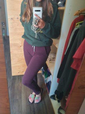 Lila Jogginghose