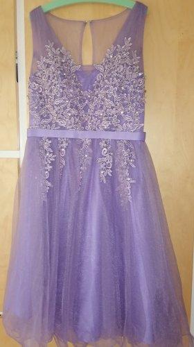 Lila Kleid für Anlässe