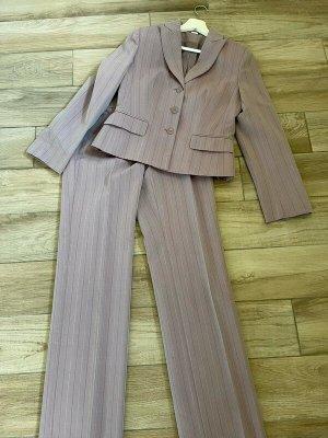 Costume à rayures rose clair-mauve tissu mixte