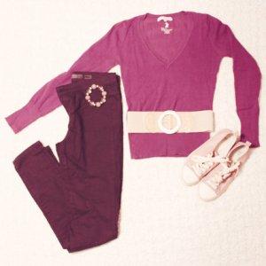 Tally Weijl Jersey con cuello de pico púrpura-violeta oscuro