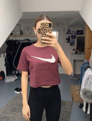 Lila Nike T-Shirt
