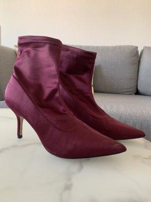 Lila Satin Socken-Stiefeletten von Zara Größe 38
