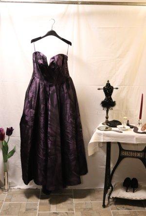 Escada Robe de bal noir-violet foncé soie