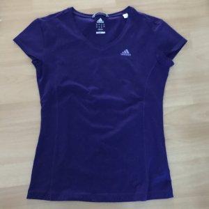 Lilafarbenes Sportshirt von Adidas