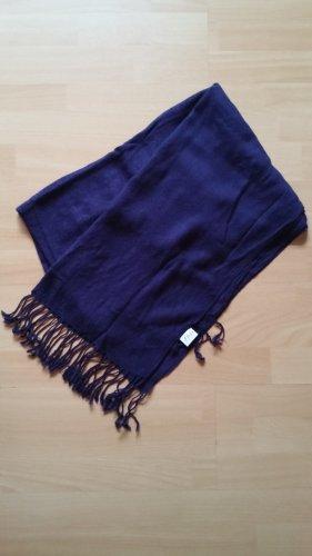 Lilaner Schal von s.Oliver, kaum getragen