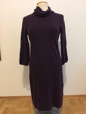 Lillanes Kleid mit Kragen