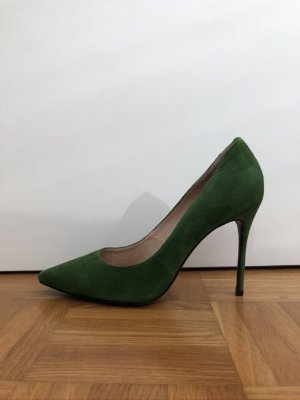 Pointed Toe Pumps green leather
