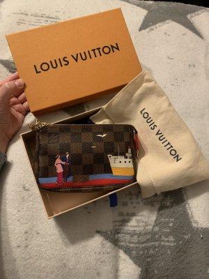 Limitierte Louis Vuitton Mini Pochette Accessoires