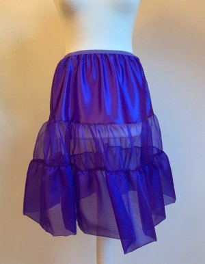 lin art project Broomstick Skirt lilac nylon