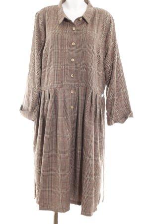 Lindy Bop Shirtwaist dress check pattern casual look