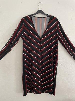 Linien Kleid