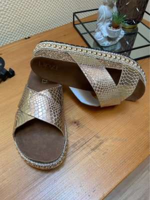 Plateauzool sandalen goud-zandig bruin