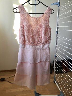 LIPSY LONDON Kleid
