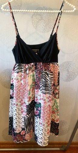 Lipsy Sommerkleid