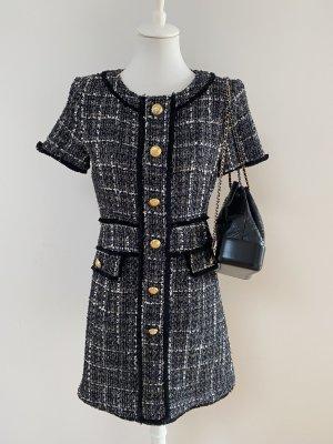 Liu Jo Kleid im Chanelstil