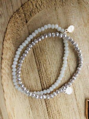 Lizas Perlenarmband weiss und pearl