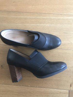 Lloyd Pumps Gr.38 schwarz 1 getragen auf Messe Business und Casual zu jeans oder Rock