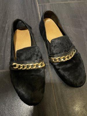 Loafer schwarz mit Goldkettchen 41