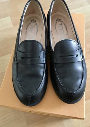 Tod's Derby black leather