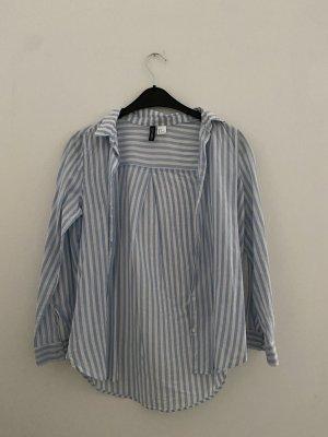 locker gestreiftes Hemd