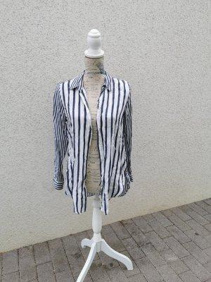Lockere Bluse von Zara