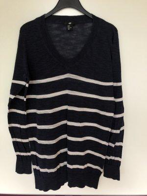 Lockerer Pullover Größe M