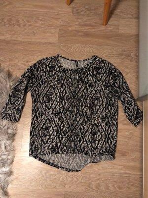 Lockerer Pullover mit Muster