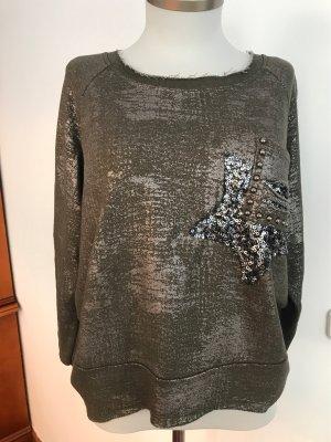 Lockerer Sweater