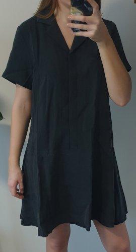 Lockeres Blusenkleid kleines Schwarzes Kleid