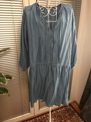 Lockeres Jeanskleid