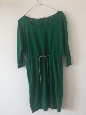 Lockeres Kleid grün Zara XS