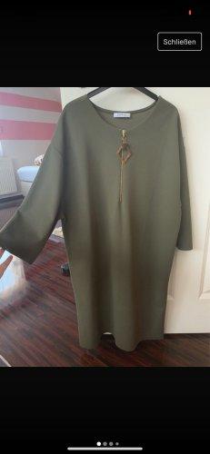 Lockeres Kleid von Zara khaki