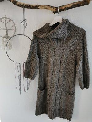 Gina Robe en laine marron clair