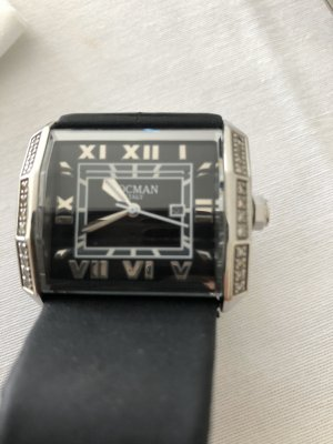 Analog Watch black-silver-colored stainless steel