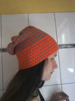 Beanie grey-orange