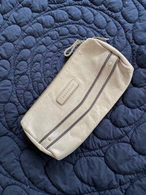 Longchamp Clutch mit Wow-Effekt